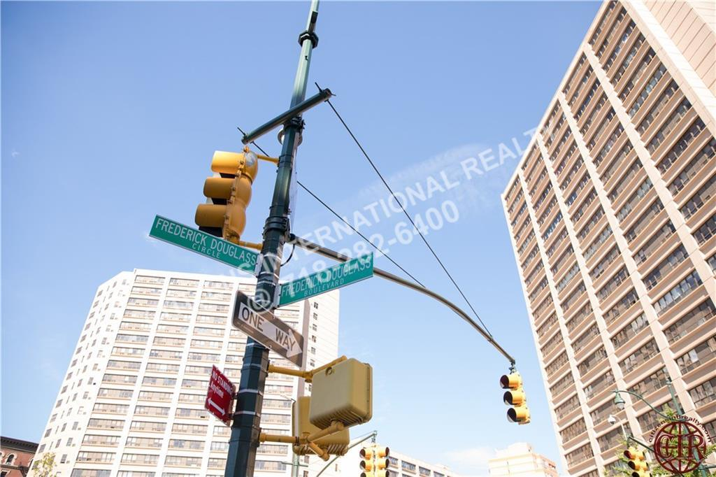 Condo Cathedral Parkway  Manhattan, NY 10026, MLS-CR104-15